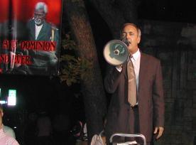 Jerald Finney street preaching in Austin, Texas